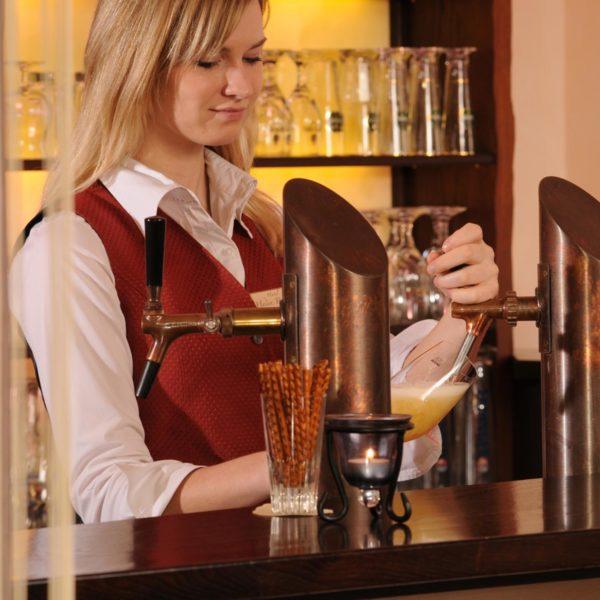 Bar-Mitarbeiter