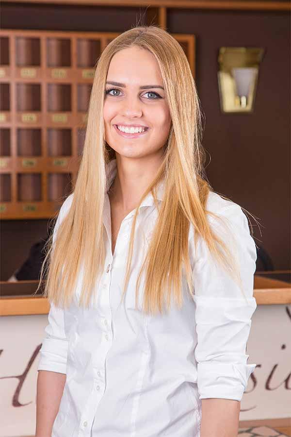 Katharina Koos